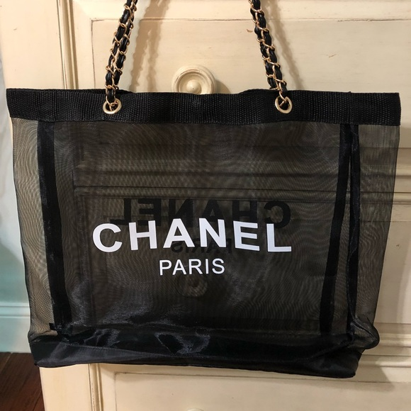 CHANEL Bags   Vip Gift Tote And Make Up Case   Poshmark 07cdc20829